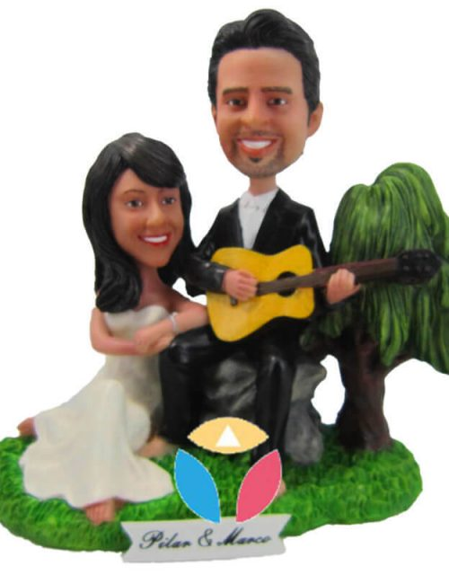 Custom Romantic Couple Bobbleheads