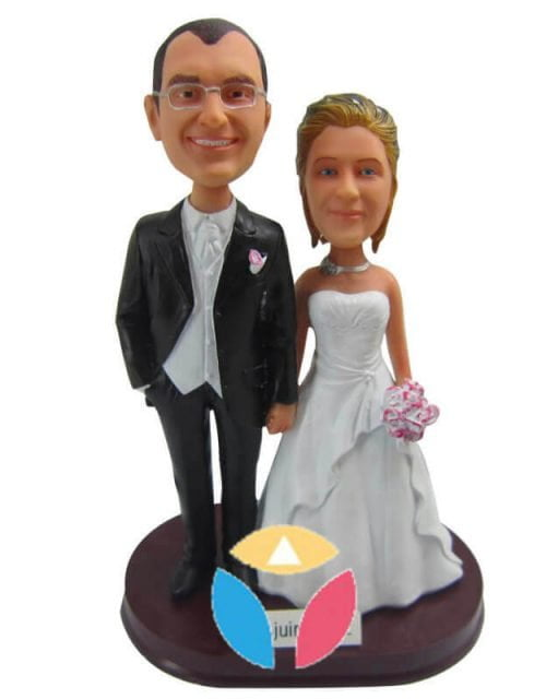 custom made anniversary gifts bobblehead for couple